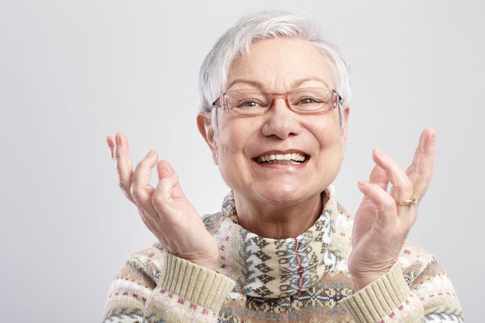 фото улыбающихся бабушек
